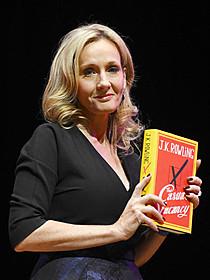 初の大人向け小説「カジュアル・ベイカンシー 突然の空席」 の評判が芳しくないJ・K・ローリング「フィフティ・シェイズ・オブ・グレイ」