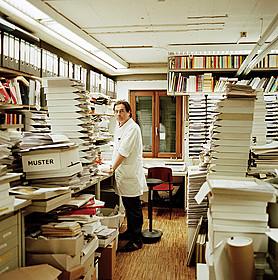 「世界一美しい本を作る男 シュタイデルとの旅」の一場面「世界一美しい本を作る男 シュタイデルとの旅」