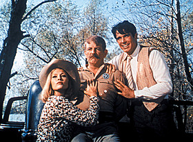 広大な大地を車に乗って破滅へとひた走る 図式はアメリカ映画史においては大きな流れ「ゲッタウェイ(1972)」
