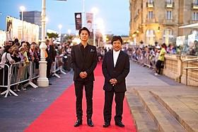 サン・セバスチャン映画祭に参加した福山雅治と是枝裕和監督「そして父になる」