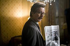 「ダークナイト」でゲイリー・オールドマンが演じたジム・ゴードン「バットマン」