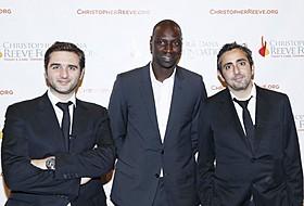 エリック・トレダノとオリビエ・ナカシュの 両監督とオマール・シー「最強のふたり」