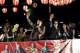 三谷監督&大泉洋の挨拶に集まった約500人が大爆笑「清須会議」