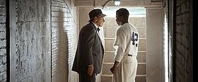 アメリカの国民的英雄ジャッキー・ロビンソンの実話を映画化「42 世界を変えた男」