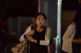長野・茅野駅前を駆け抜ける井上真央「白ゆき姫殺人事件」