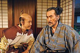 首位デビューを飾った「清須会議」「ステキな金縛り」