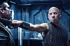 宇宙最強のダークヒーロー、リディックがカムバック「リディック」