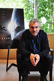 製作・監督・共同脚本・編集の4役で異才を発揮「ゼロ・グラビティ」