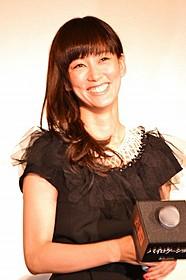 1人2役で主演を務めた水川あさみ「バイロケーション」
