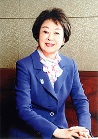 東宝の看板女優として、 数々の名作映画に出演「サラリーマン忠臣蔵」