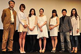 和気あいあいとした舞台挨拶を繰り広げた 金子修介監督、花井瑠美、武田梨奈ら「少女は異世界で戦った」