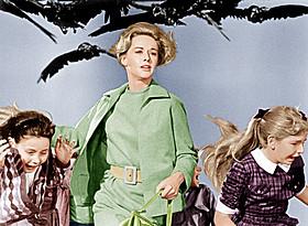 ヒッチコック監督の名作スリラー「鳥」「鳥」