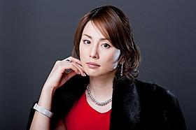 松本清張ドラマ「強き蟻」に主演する米倉涼子
