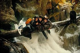 1985年の冒険映画「グーニーズ」「グーニーズ」