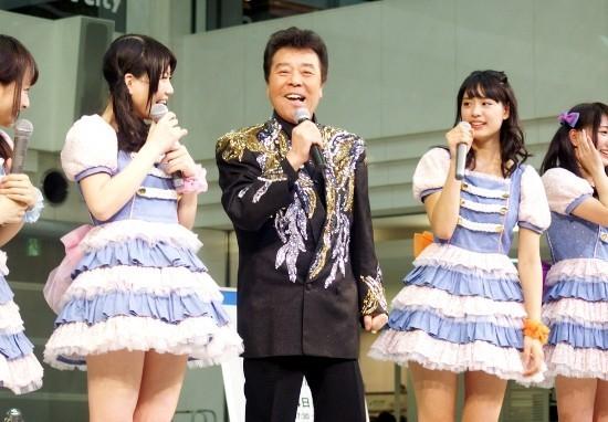 冠二郎×palet、演歌とアイドル合体で新規ファン開拓に一案