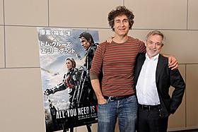 ダグ・リーマン監督(左)と プロデューサーのアーウィン・ストフ「オール・ユー・ニード・イズ・キル」