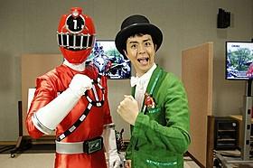 ヒャダイン、トッキュウ1号のフィギュアを胸にアフレコ収録「烈車戦隊トッキュウジャー THE MOVIE ギャラクシーラインSOS」