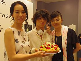 (左から)河瀬直美監督、村上虹郎、松田美由紀「2つ目の窓」