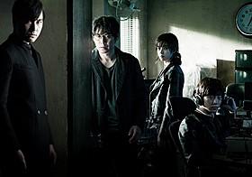 2PMのジュノがスクリーン デビューを果たした「監視者たち」「監視者たち」