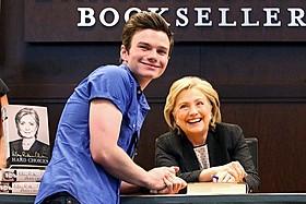 クリス・コルファーとヒラリー・クリントン