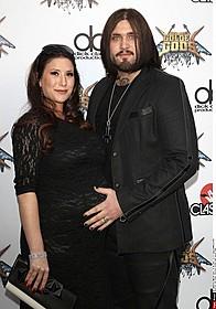 ケイジの息子ウエストンと妻ダニエル