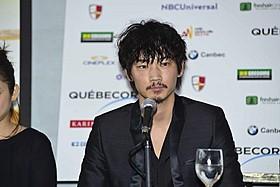 モントリオール世界映画祭で記者会見に出席「そこのみにて光輝く」