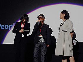 舞台挨拶に登壇した廣木隆一監督「さよなら歌舞伎町」