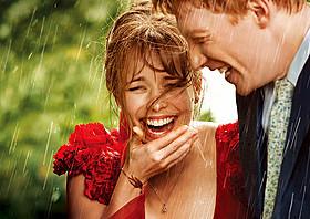 「アバウト・タイム 愛おしい時間について」の一場面「ノッティングヒルの恋人」