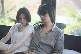 三津谷葉子、斎藤工が共演した 杉野希妃監督作「欲動」の一場面「禁忌」