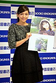 握手会に出席した川口春奈「好きっていいなよ。」