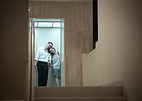 アピチャッポン・ウィーラセタクンが製作した 「コンクリートの雲」(写真)ほかタイ映画8作品を上映「心霊写真」