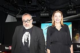 アレックス・デ・ラ・イグレシア 監督と妻のカロリーナ・バング「スガラムルディの魔女」