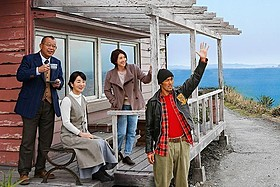 首位は吉永小百合の初プロデュース作「ふしぎな岬の物語」