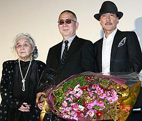 賞レースの皮切りとなる「第38回山路ふみ子映画賞」を受賞「蜩ノ記」