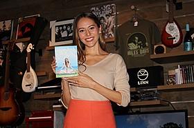 ヨガDVDを発売した道端ジェシカ「シャンティ デイズ 365日、幸せな呼吸」