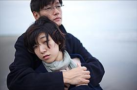 再共演を果たす安藤サクラと井浦新「白河夜船」