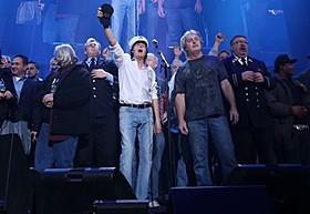 伝説のコンサートをスクリーンで!「12-12-12 ニューヨーク、奇跡のライブ」