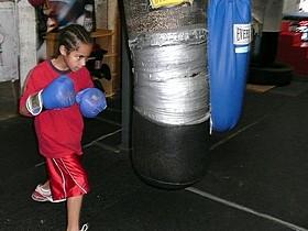 「ボクシング・ジム」の一場面「ナショナル・ギャラリー 英国の至宝」
