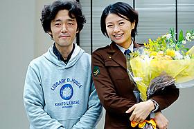 撮影を終えたばかりの佐藤信介監督と榮倉奈々「図書館戦争」