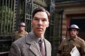 映画は3月13日公開、限定写真展は16日スタート!「エニグマ」