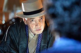 「GONIN サーガ」で五誠会2代目会長を演じるテリー伊藤「GONIN」