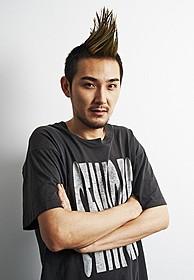 モヒカンヘアに初挑戦する松田龍平「モヒカン故郷に帰る」