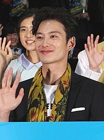 岡田将生、25歳で早くもおじさん化!?「ストレイヤーズ・クロニクル」