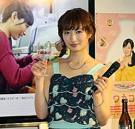 日本酒と広島名物を堪能した武田梨奈