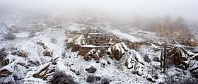 映画の舞台となったカッパドキアの冬景色「雪の轍」