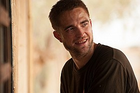「奪還者」ロバート・パティンソン出演場面写真「奪還者」