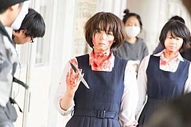 清野菜名の血まみれアクション映像を公開!「東京無国籍少女」
