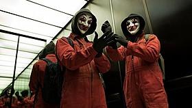 ピエロのマスクをかぶったハッカー集団「CLAY」「ピエロがお前を嘲笑う」