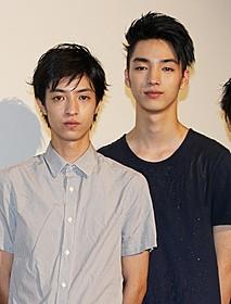 兄弟共演を果たした清水尚弥(左)&清水尋也「ソ満国境 15歳の夏」