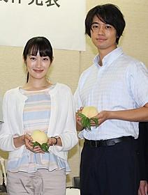 3年ぶりの共演を果たす高梨臨と斎藤工「種まく旅人 みのりの茶」